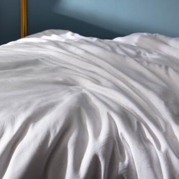 皮尔卡丹 蚕丝被提花被子被芯 单人秋冬被丝棉被加厚被褥保暖蝉丝被 白色 总重约5.5斤 150*200cm