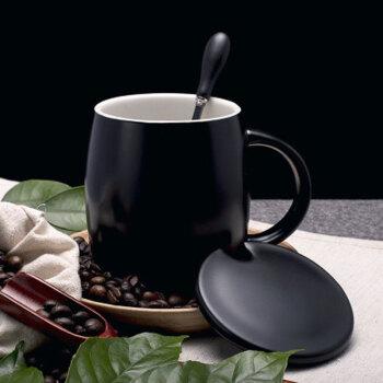 萌碎 创意陶瓷杯子简约喝水杯子陶瓷文艺咖啡杯个性马克杯带盖勺早餐