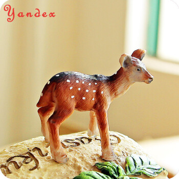 yandex生日礼物送女友可爱创意手工小鹿小动物树脂工艺品摆件rz274