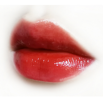 皮肤暗黄适合什么颜色的口红_皮肤偏黑适合什么颜色口红_南瓜色口红适合白皮肤