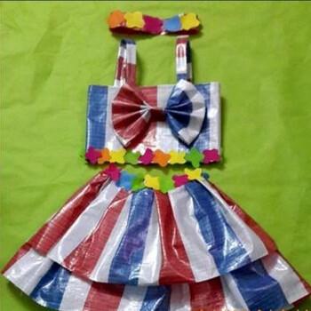 儿童舞台走秀演出服亲子装手工制作塑料袋服装 吊带裙