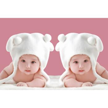 可爱漂亮男宝宝图片墙贴画婴儿孕妇 胎教海报画 照片
