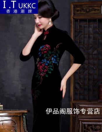 手绘金丝绒旗袍连衣裙妈妈装年会礼服改良长款丝绒旗袍冬sn8578 黑色