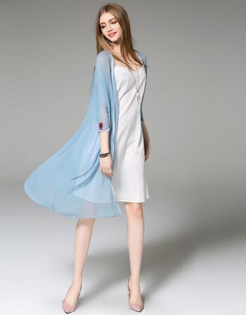 欧美色图老师_131欧洲站夏季新款欧美刺绣蝴蝶真丝披肩薄款加长款女式外套女 图片色