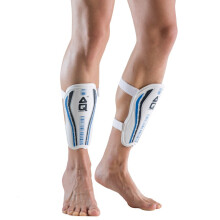 AQ足球装备护腿板运动护板插板 成人儿童护小腿板足球护具S62682M 身高(140-160cm) 蓝白