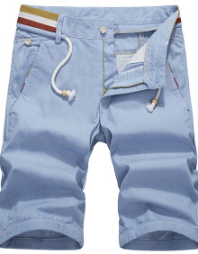 男士浅蓝色短裤搭配