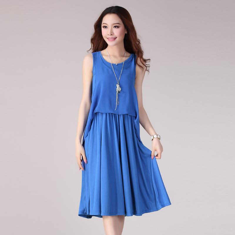 蓝涩连衣裙