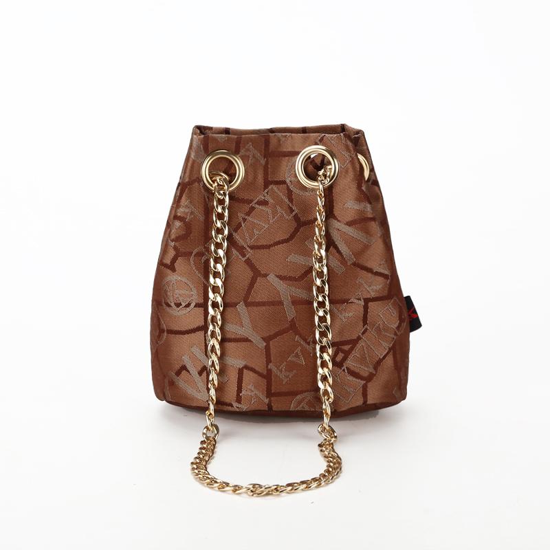 包包2015新款欧美时尚水桶帆布包单肩斜挎女包铁链包