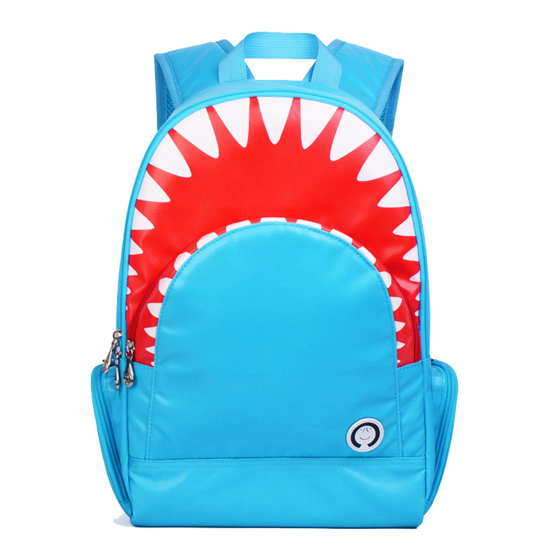 p 潮流可爱小孩包欧美时尚鲨鱼包双肩背包出游包儿童包小学生书包 天