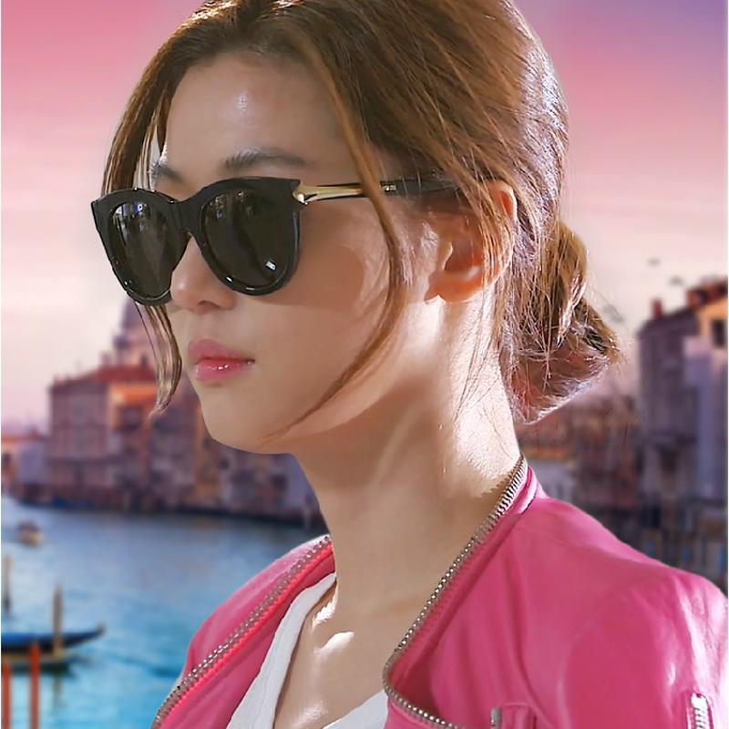 东欧少女挑战超级大黑吊_新款欧美复古黑超墨镜 韩国女明星款大框太阳镜 防紫外线太阳眼镜 亮