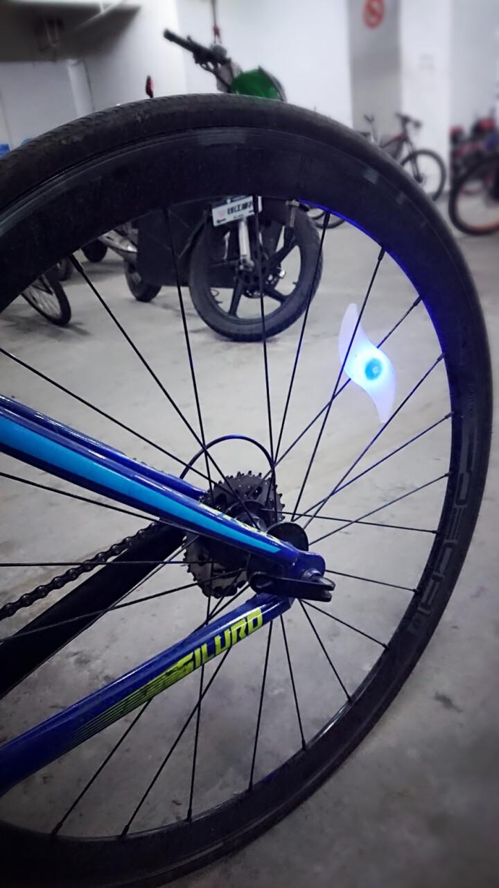 印象骑行自行车灯柳叶辐条灯山地车死飞风火轮夜骑灯