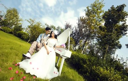 婚纱摄影]拍摄120张左右 精修36张 底片全送,恒温360度韩式+欧式+美式图片
