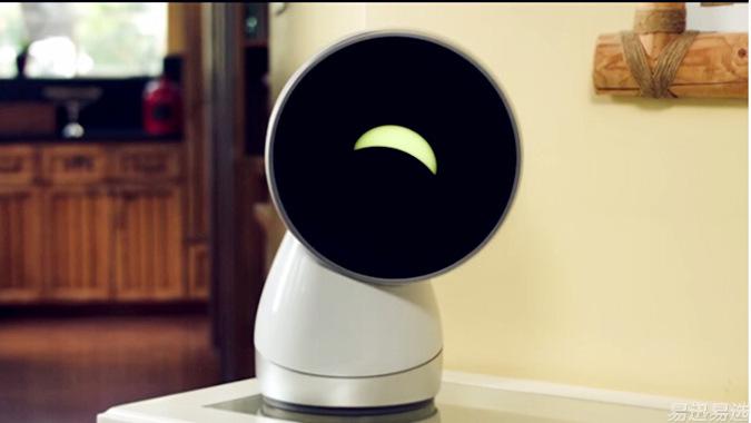 呆萌聪明的机器人jibo