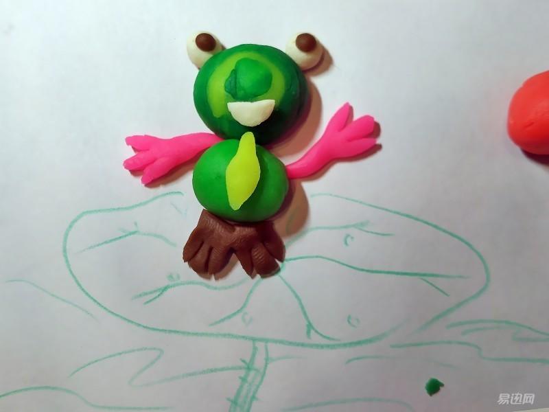 青蛙捏动物橡皮泥步骤图片