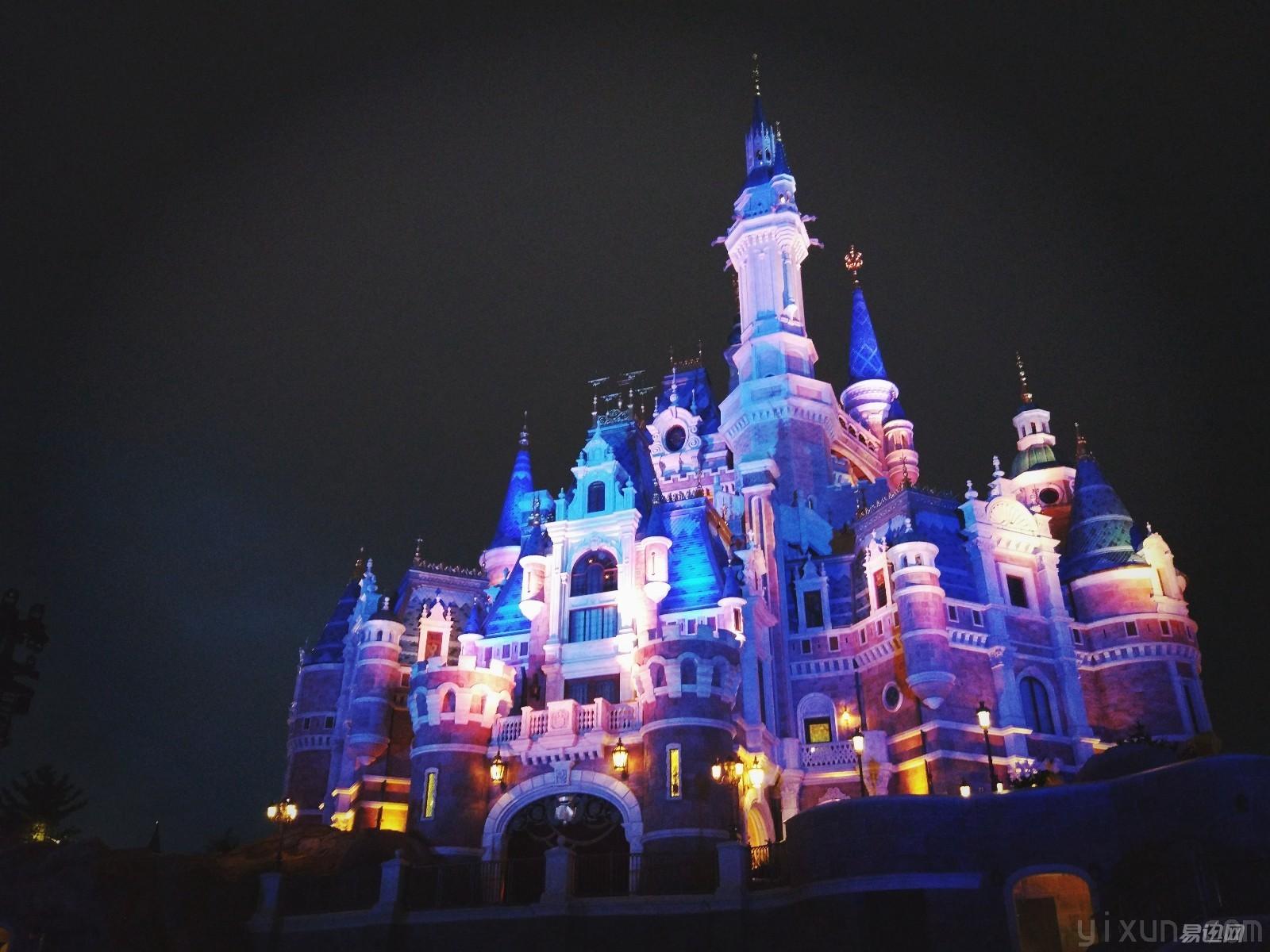 简笔画色彩城堡