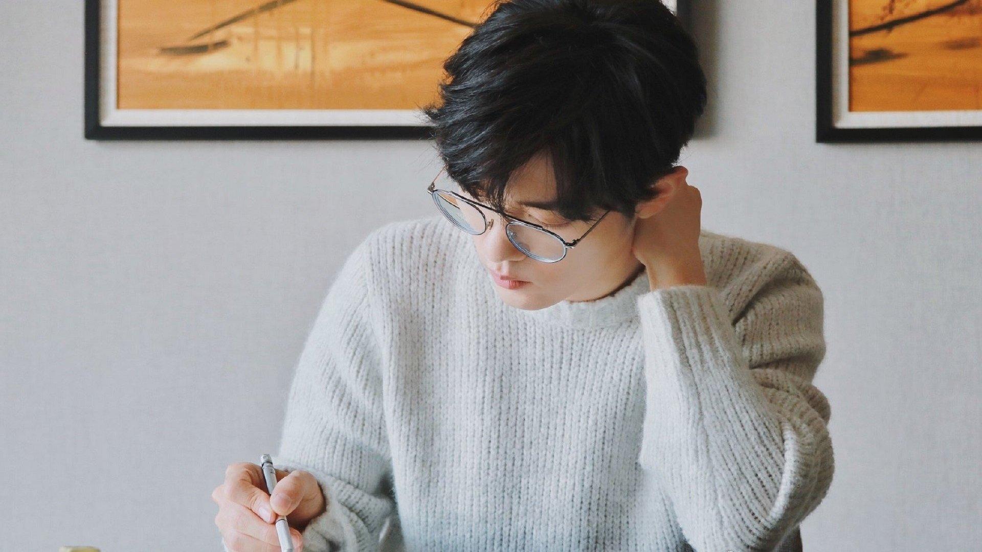 网站seo的title中关键词之间用什么符号隔开?