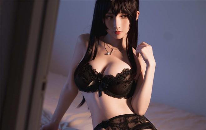 【COS】Rioko凉凉子 – 路人女主【19P/263MB】插图