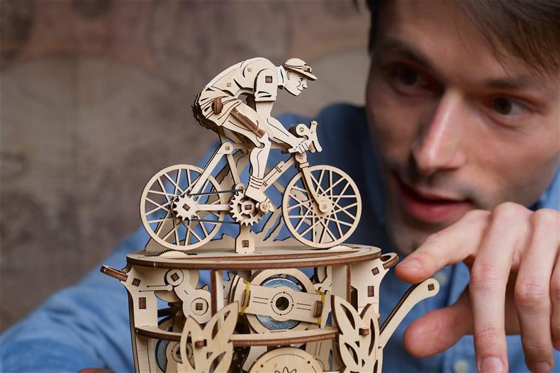 乌克兰ugears木质机械 自行车玩具模型 自动骑行者