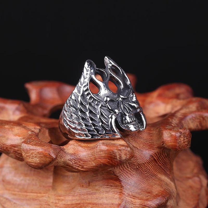 亚欧美粹�)��+9._粹格单身时尚霸气欧美范骷颅头钛钢男女戒指环潮流戒指配饰品 18_ 1折