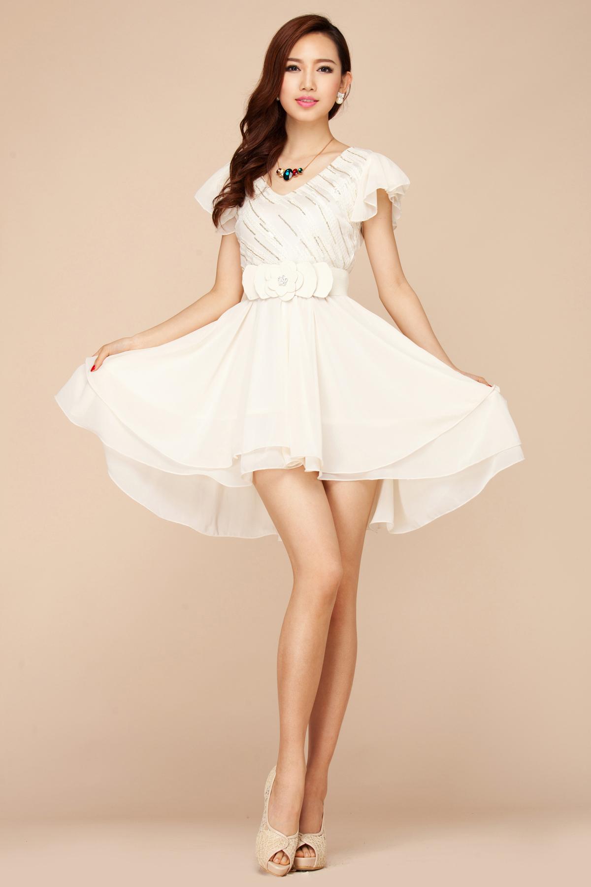 女夏装上衣中袖雪纺_夏季女装韩版白色V领雪纺选什么牌子好 同款好推荐