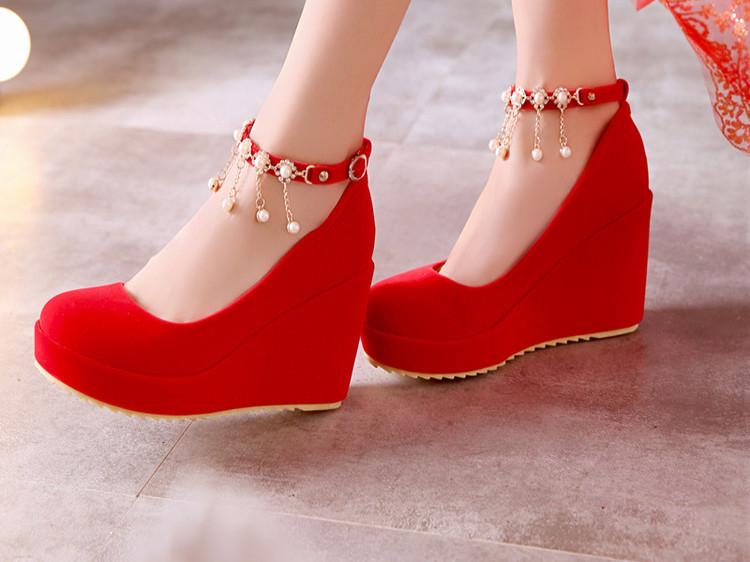 新娘鞋_浩一足女鞋2016春秋新款大红色婚鞋新娘鞋婚庆工作鞋高跟单鞋坡跟鞋