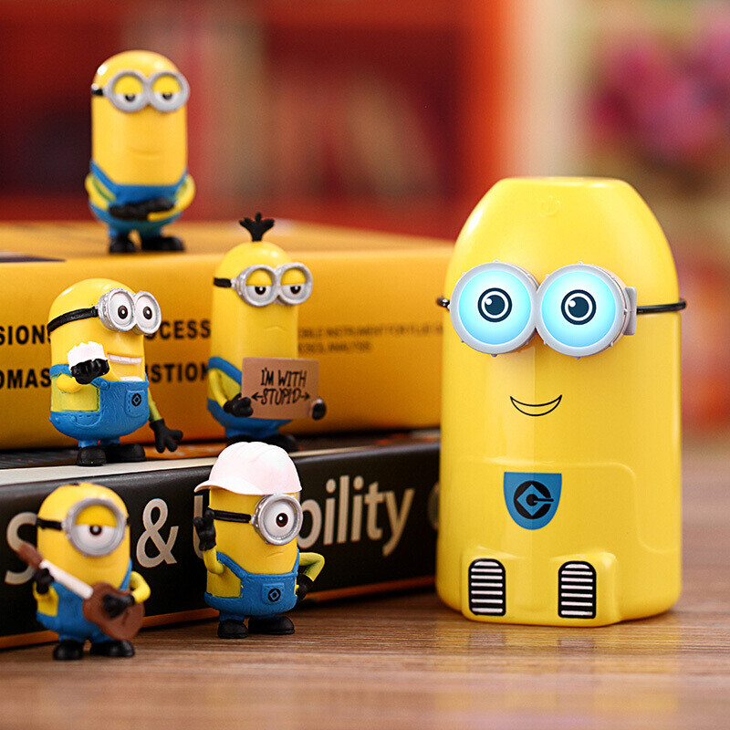Teachers Day Gift Mini USB Moisturizing Humidifier Office Small Gifts Hydrating Spray Car Cartoon Birthday Sending