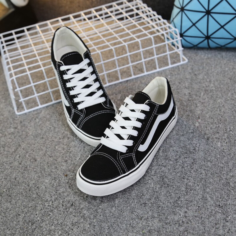 08a6f21811f4 ... Autumn North latitude canvas shoes female Korean women s shoes classic  skateboard shoes trend low to ...