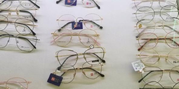 年轻人的第一副眼镜?小米眼镜开通官博
