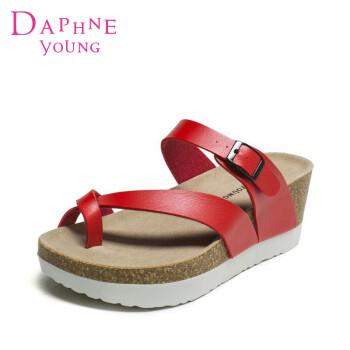 Daphne/达芙妮夏新款夹趾女凉鞋经典坡跟厚底拖鞋 红色 37