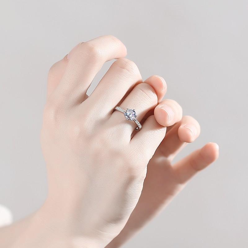 女人戒指品牌哪个好