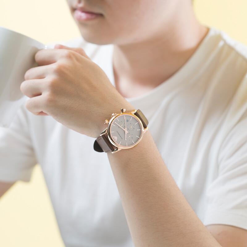 阿玛尼休闲商务手表,送男朋友生日礼物