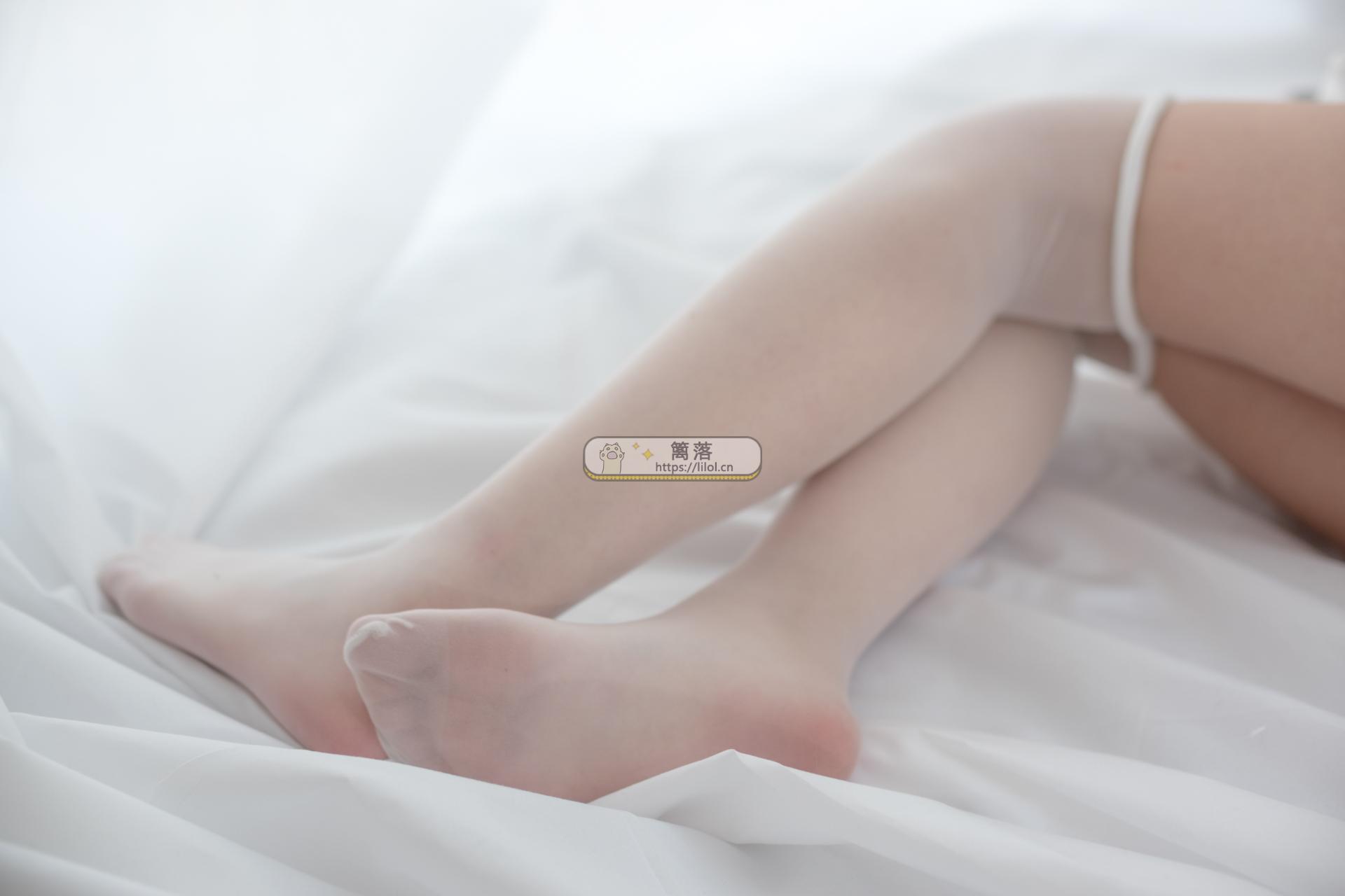 【R15系列】森萝财团写真 R15-046 JK制服超薄白丝裸足黑长直高中生[110图-0视频-466MB] R15系列 第2张