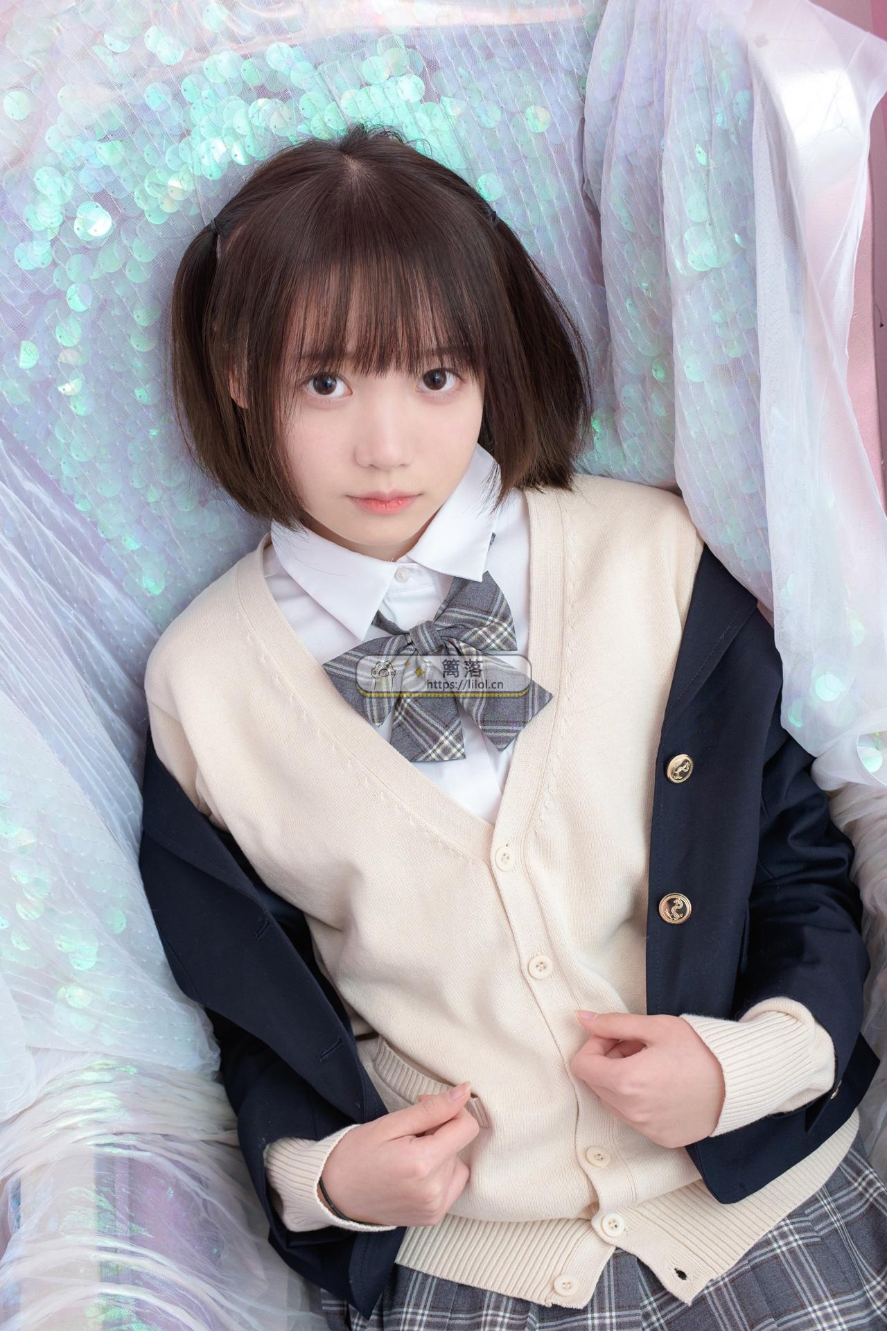 【SSR系列】森萝财团写真 SSR-008 超薄黑丝格子裙美少女闺房写真 [75图-0视频-615MB] SSR系列 第4张