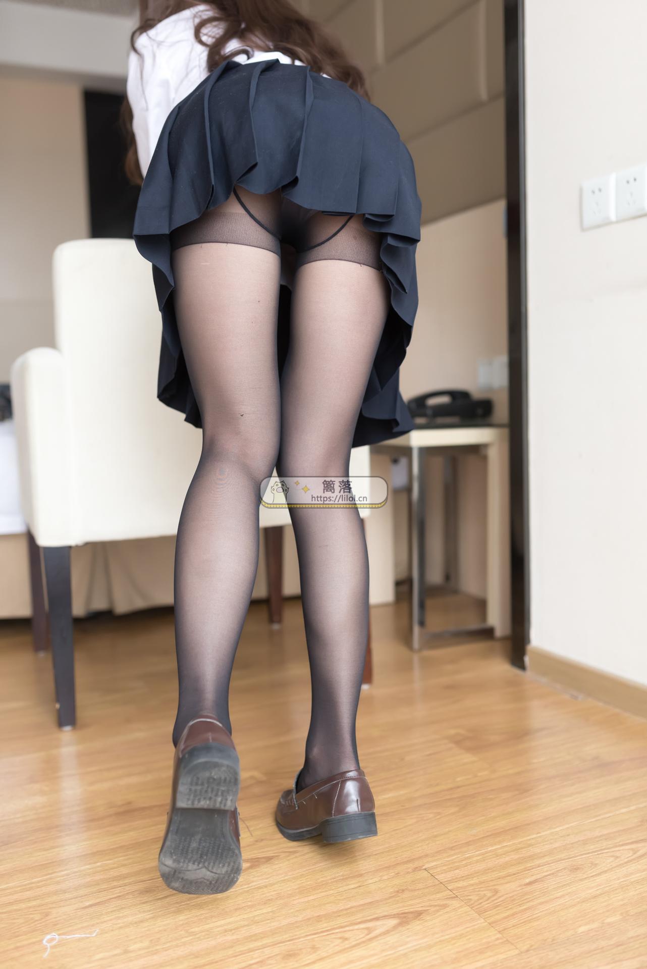 【风之领域】No.048 贵妇黑丝美腿诱惑写真 [45图-0.2GB] 萌妹系列 第1张